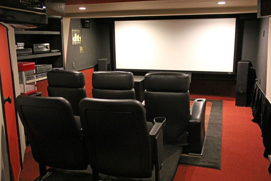 Home Theater of the Month: Duck and Cover