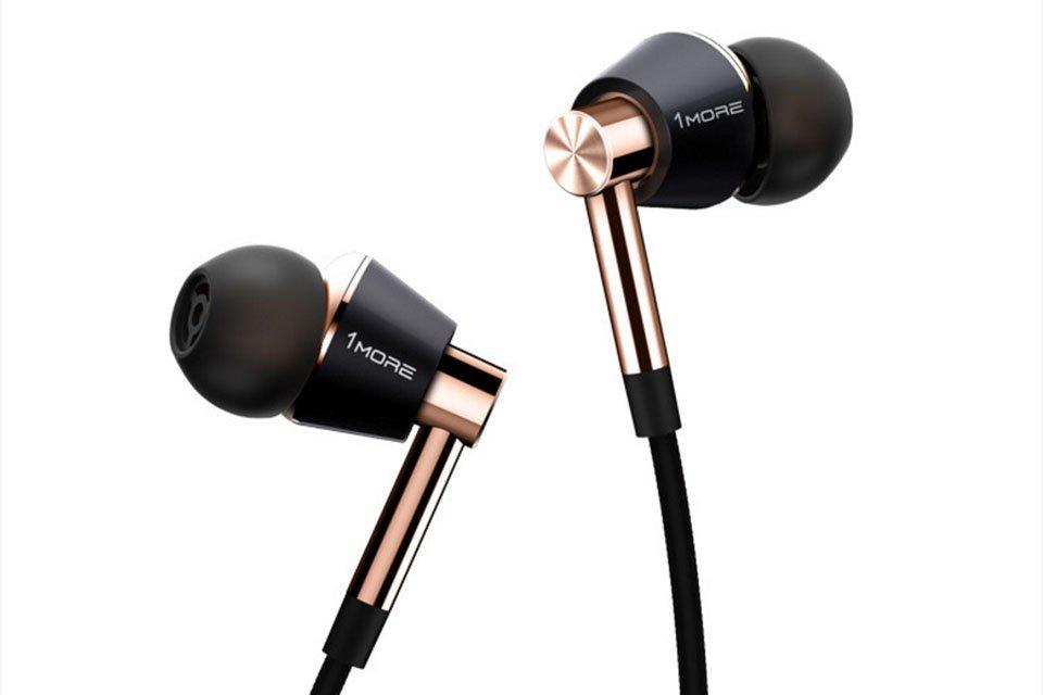 1More triple driver headphones