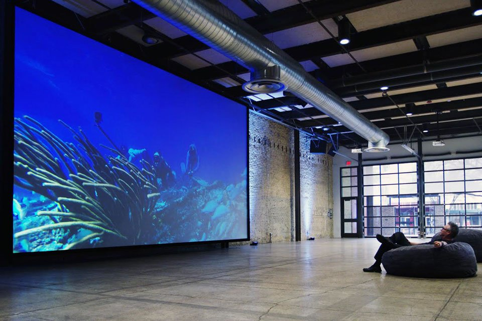 Screen Innovations Slate XL ALR Screens Compete With LED Walls at 1/10th Cost