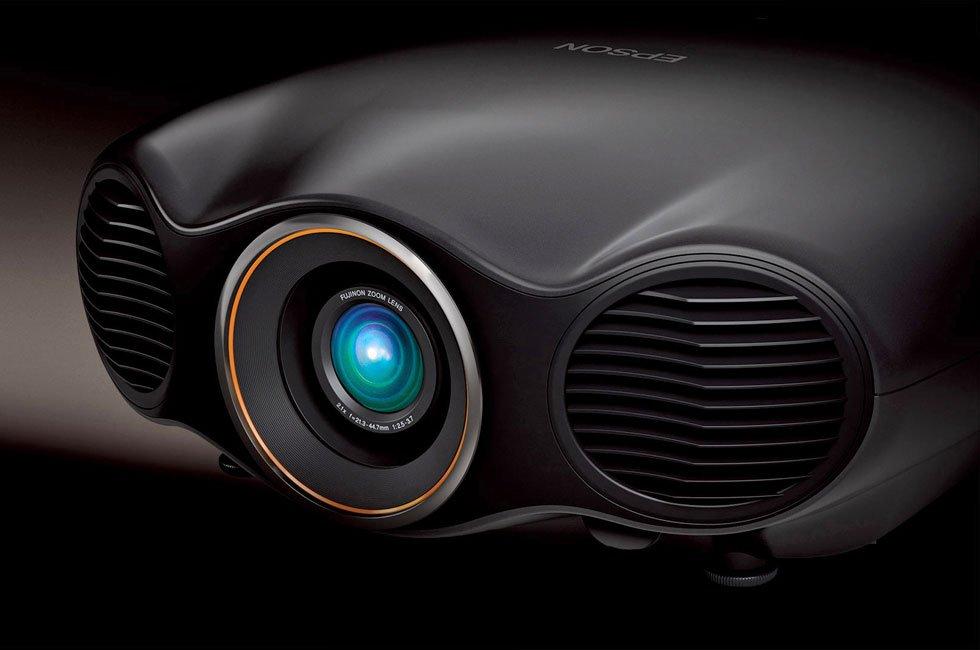 Epson Pro Cinema LS10500 HDR Laser-Phosphor Projector CEDIA 2016