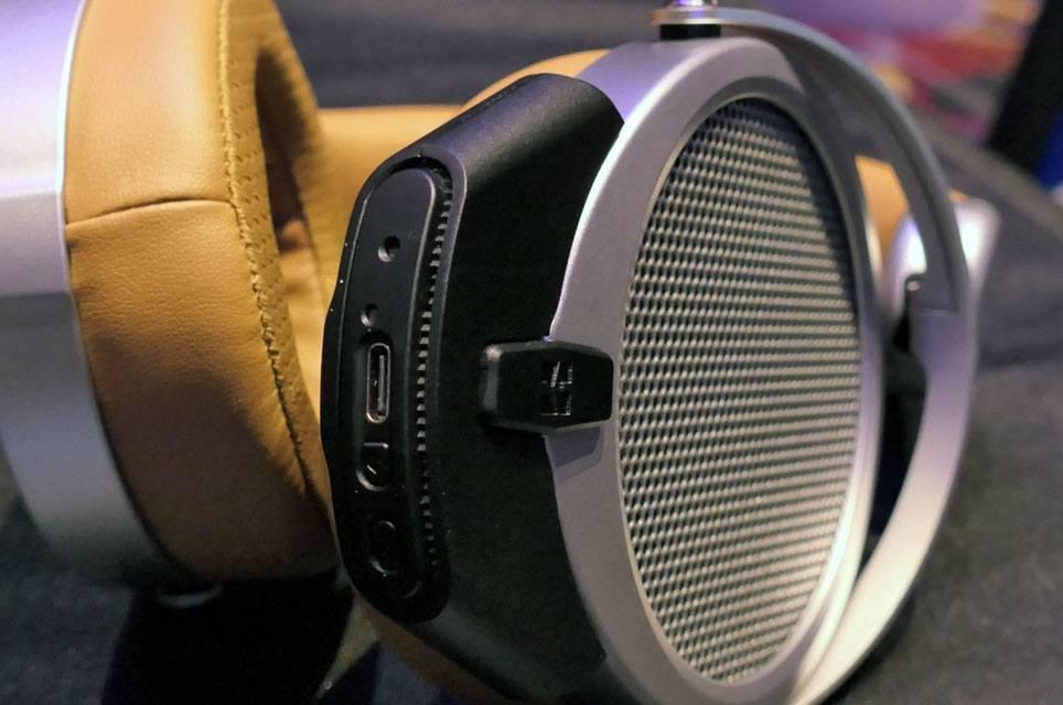 HiFiMan DEVA: $299 Wireless Planar-Magnetic Headphones at CanJam 2020