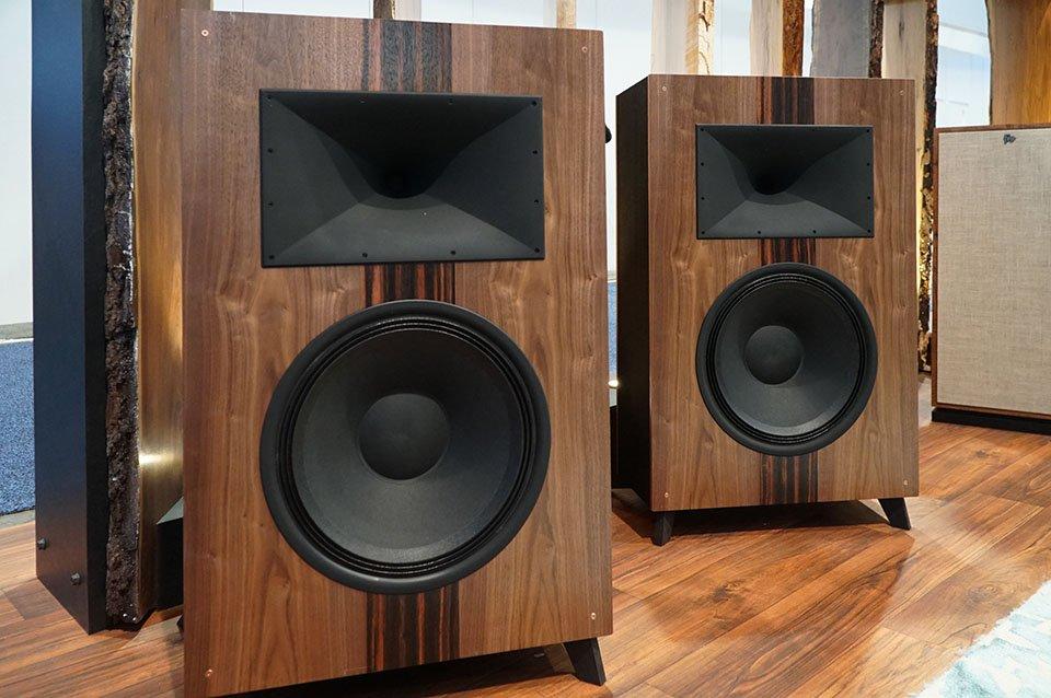 Best of CES: Klipsch Heritage Wireless The Fifteen 2-Way 15″ Active Speakers