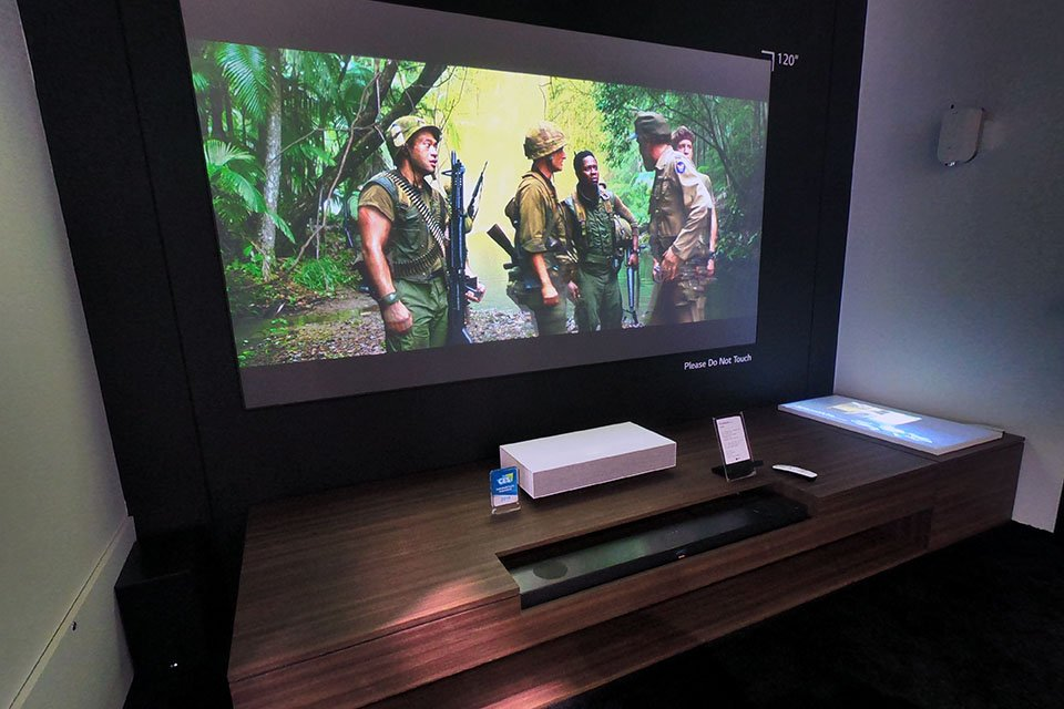 LG Shows CineBeam HU85L UST 4K Projector at CES 2019