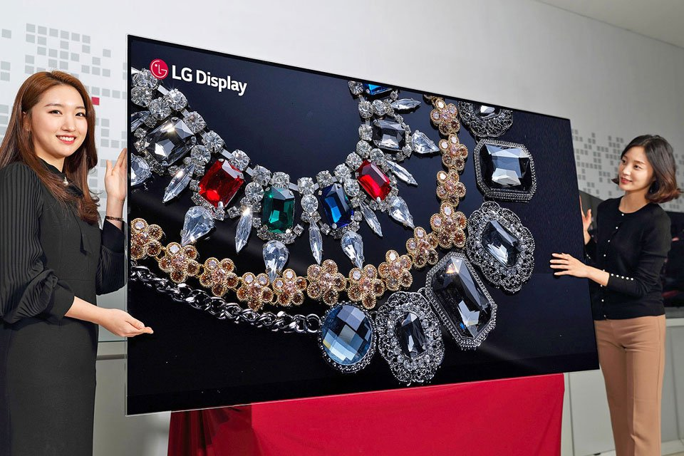 LG Display 8K OLED TV at CES 2018