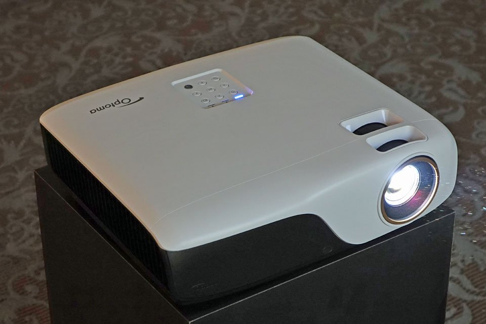 Optoma ZH55, HD29Darbee, GT1080Darbee HD Projectors at CES