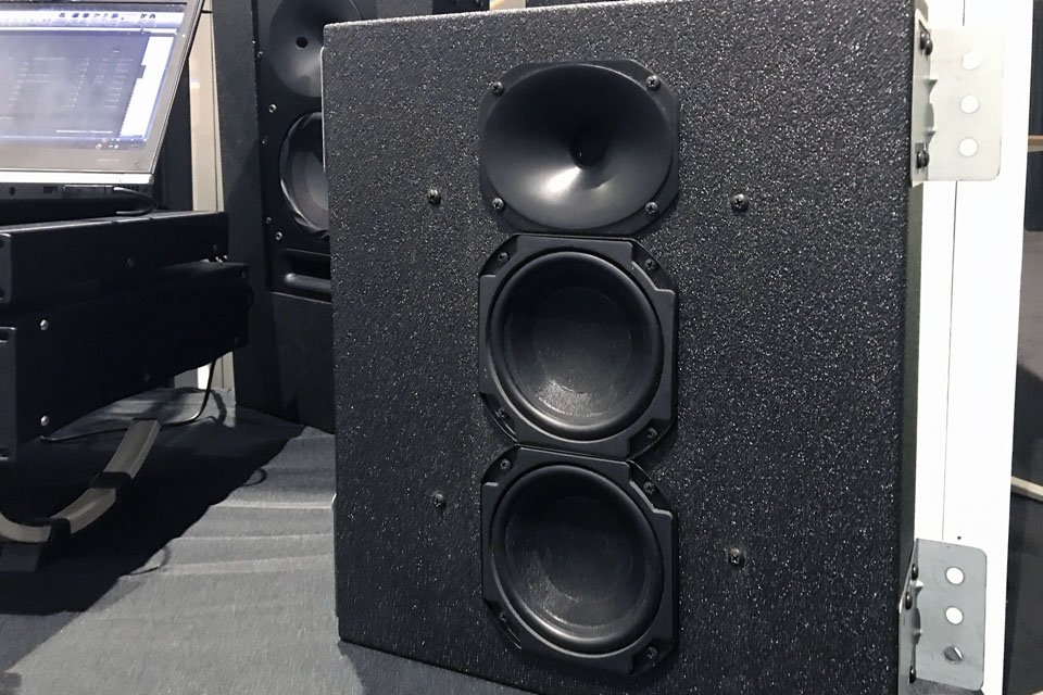 Pro Audio Technology SCRS-25im Speakers & DMA-1508B Amp at CEDIA 2017