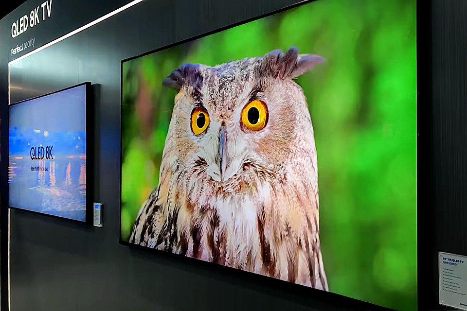 "Samsung 8K Q900R QLED 85"" TV"