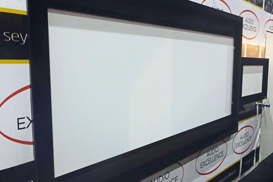 Seymour-Screen Excellence Enlightor-Neo AT Screen at CEDIA 2017