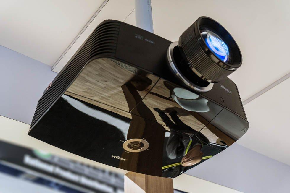 Vivitek H5098 DLP Projector CES 2016