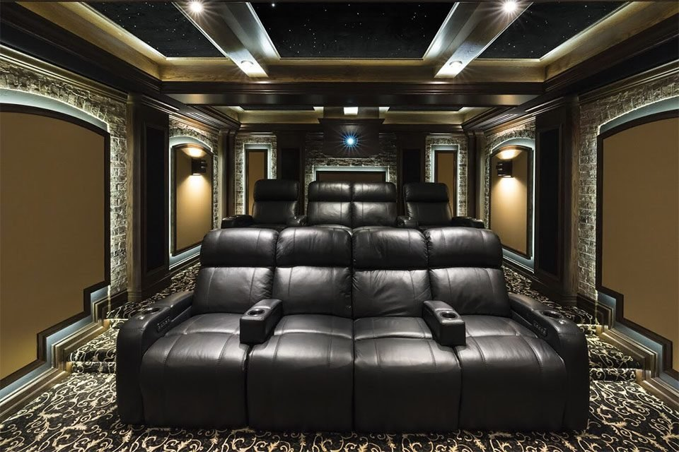 Home Theater of the Month: Waldo Theater & Flynn's Arcade