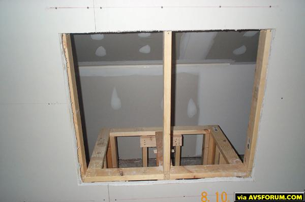 e/e2/e2198385_46723Day_9_-_Equipment_Rack_Framing.jpeg