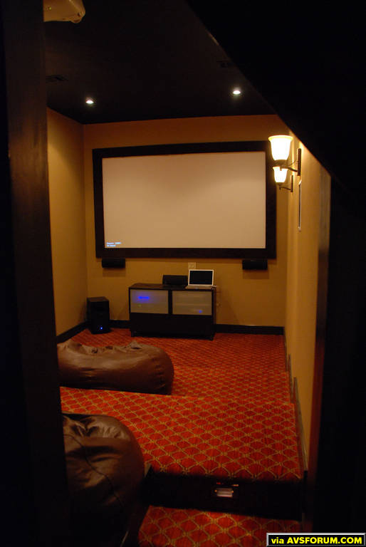 d/db/db38c6de_MOVIE_ROOM_21.jpeg