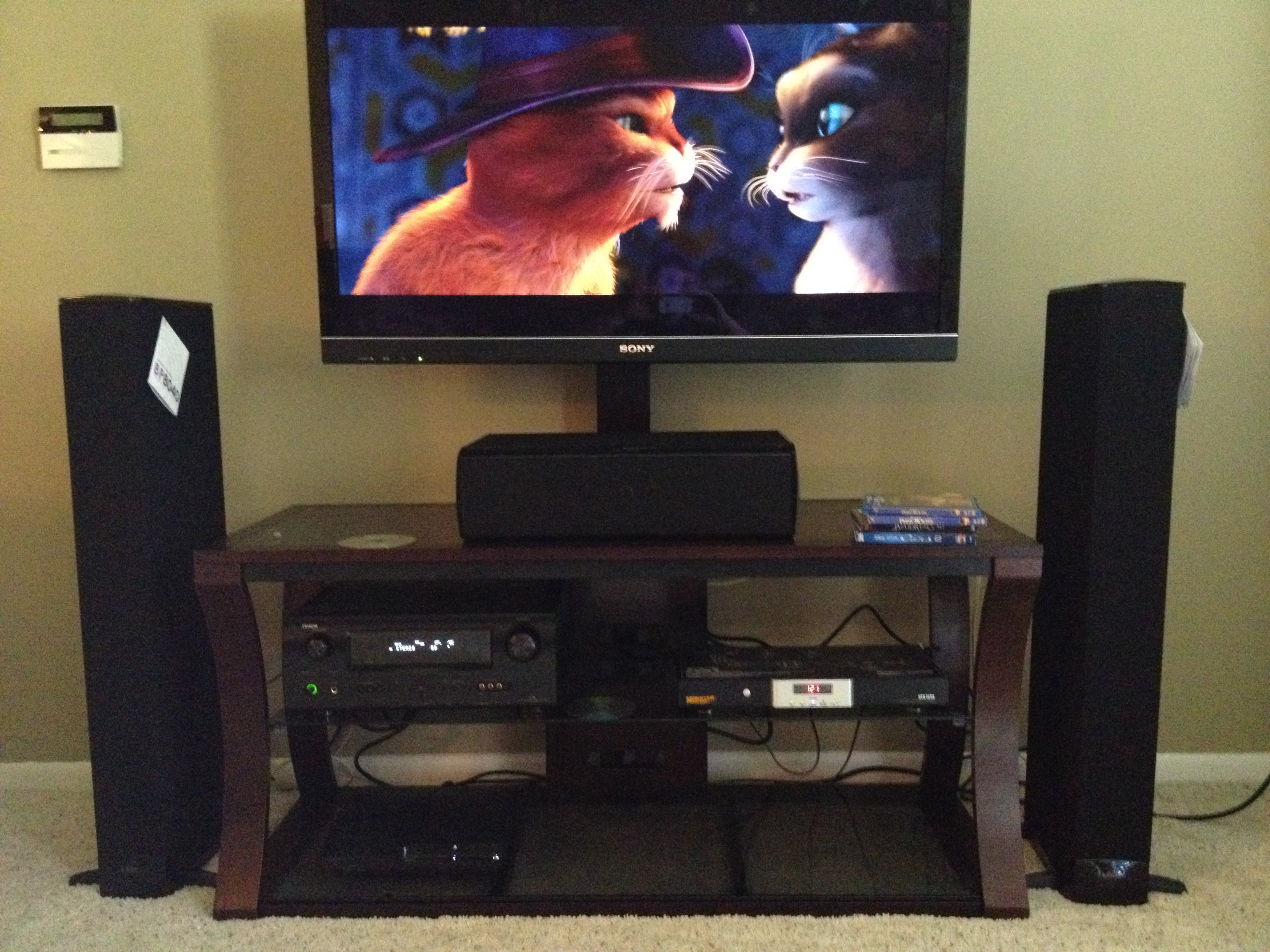 b/b4/b4d12619_HomeTheater.jpeg
