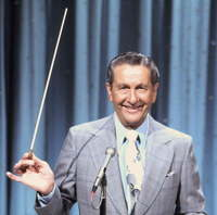 4/43/43938e27_lawrencewelk.jpeg