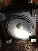 8/8f/8f6ae630_subwoofer-photo.jpeg