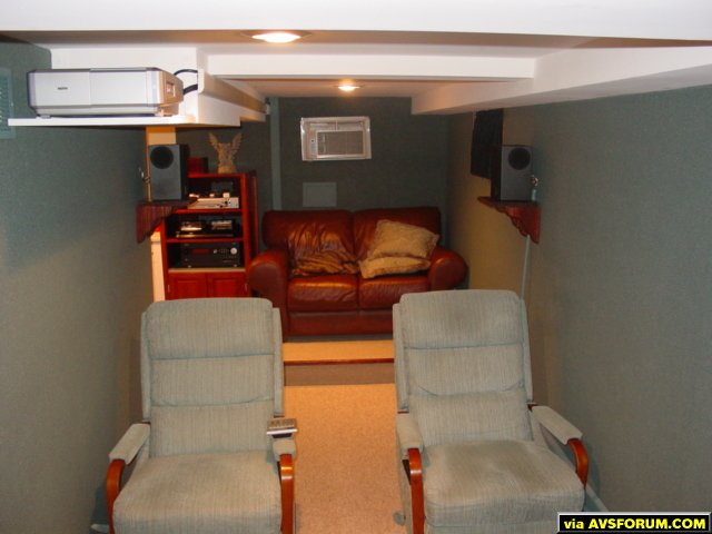 """Here's my theater Sanyo Z4 projector Outlaw audio 990/7125 combo Toshiba HD-A2 HD-DVD player DirecTV Tivo Carada 96"""" Brilliant white screen"""