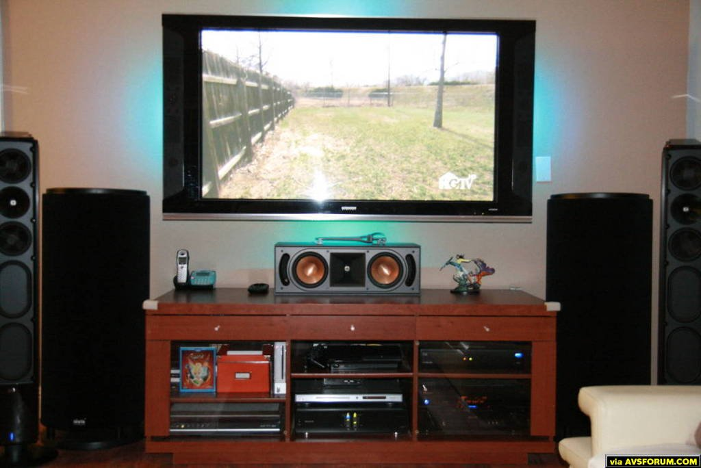 "Hitachi 55"" Plasma Klipsch RC62 center Klipsch XF-48 LR 2x SVS PC12-Plus Pioneer VSX-21THX DISH VIP722 Slim PS3"