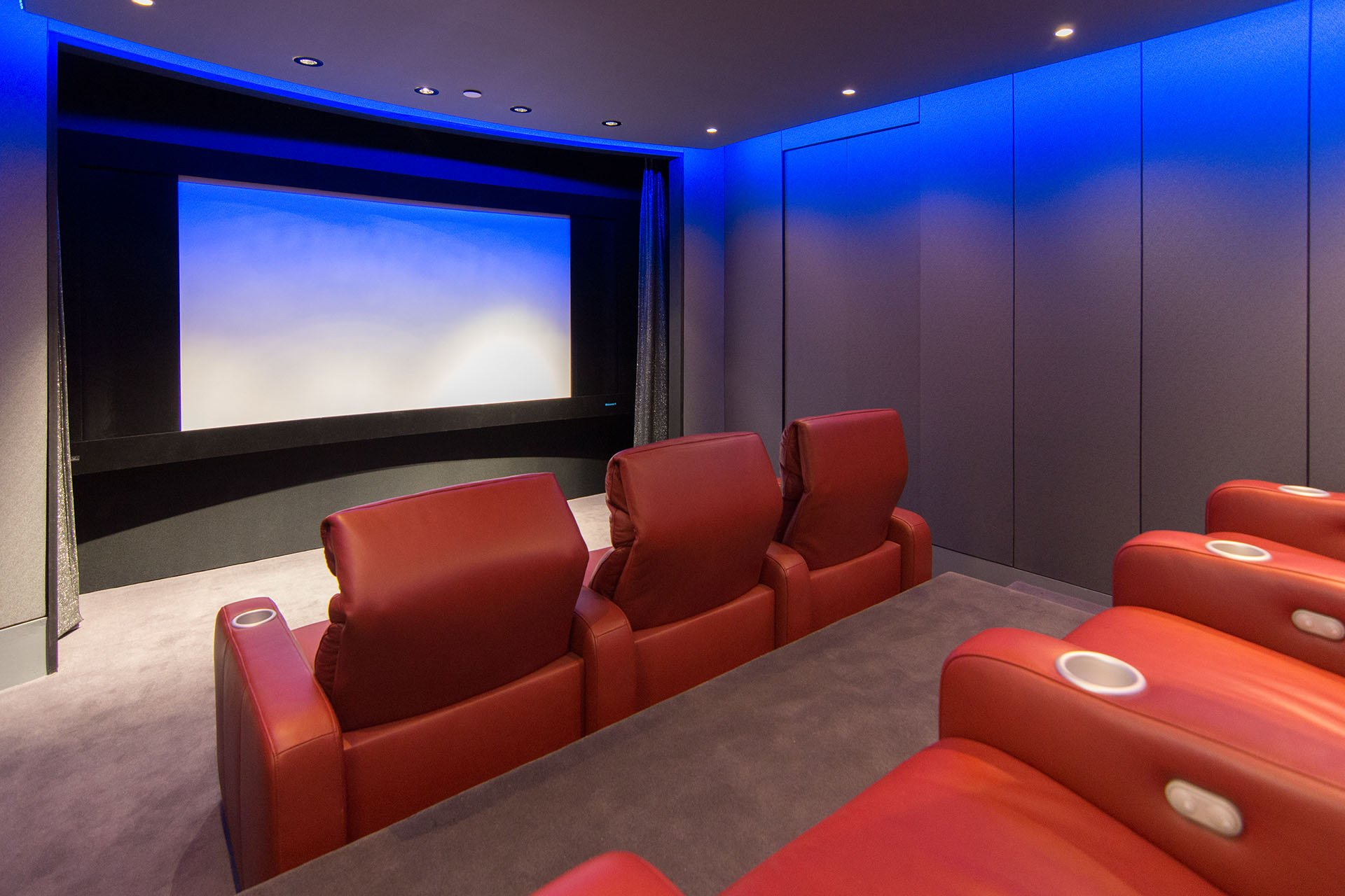 The Roxy 2.0 Theater Features A 120 Inch (diagonal) Stewart Filmscreen  Cinecurve