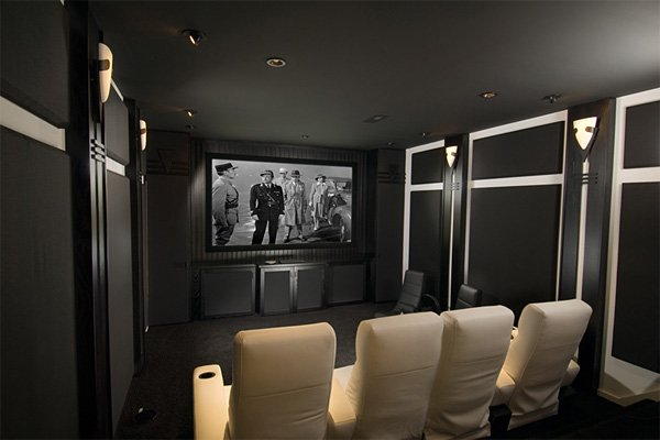 Who S Theater Is This And What The Color Scheme Avs Forum Home Discussions Reviews