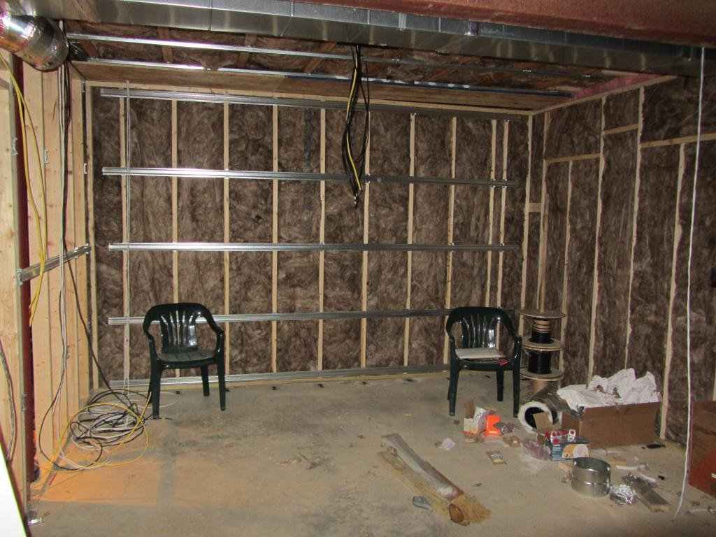 the medley s neck theater page 3 avs forum home theater i finished up a bunch of wiring and hvac tasks throughout the basement the biggest thing is that i wired and temporarily hooked up recessed lights