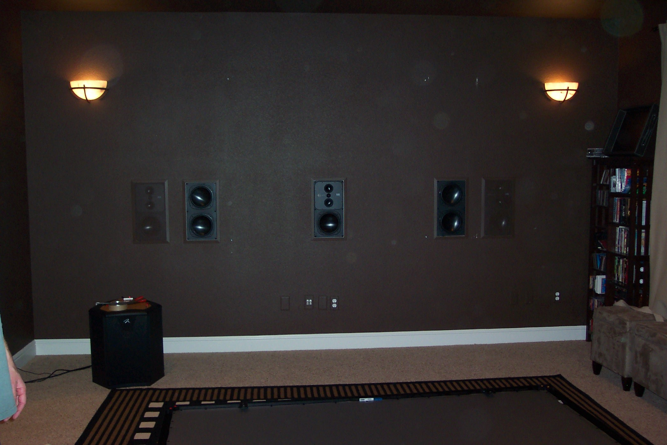 Front wall, no screen