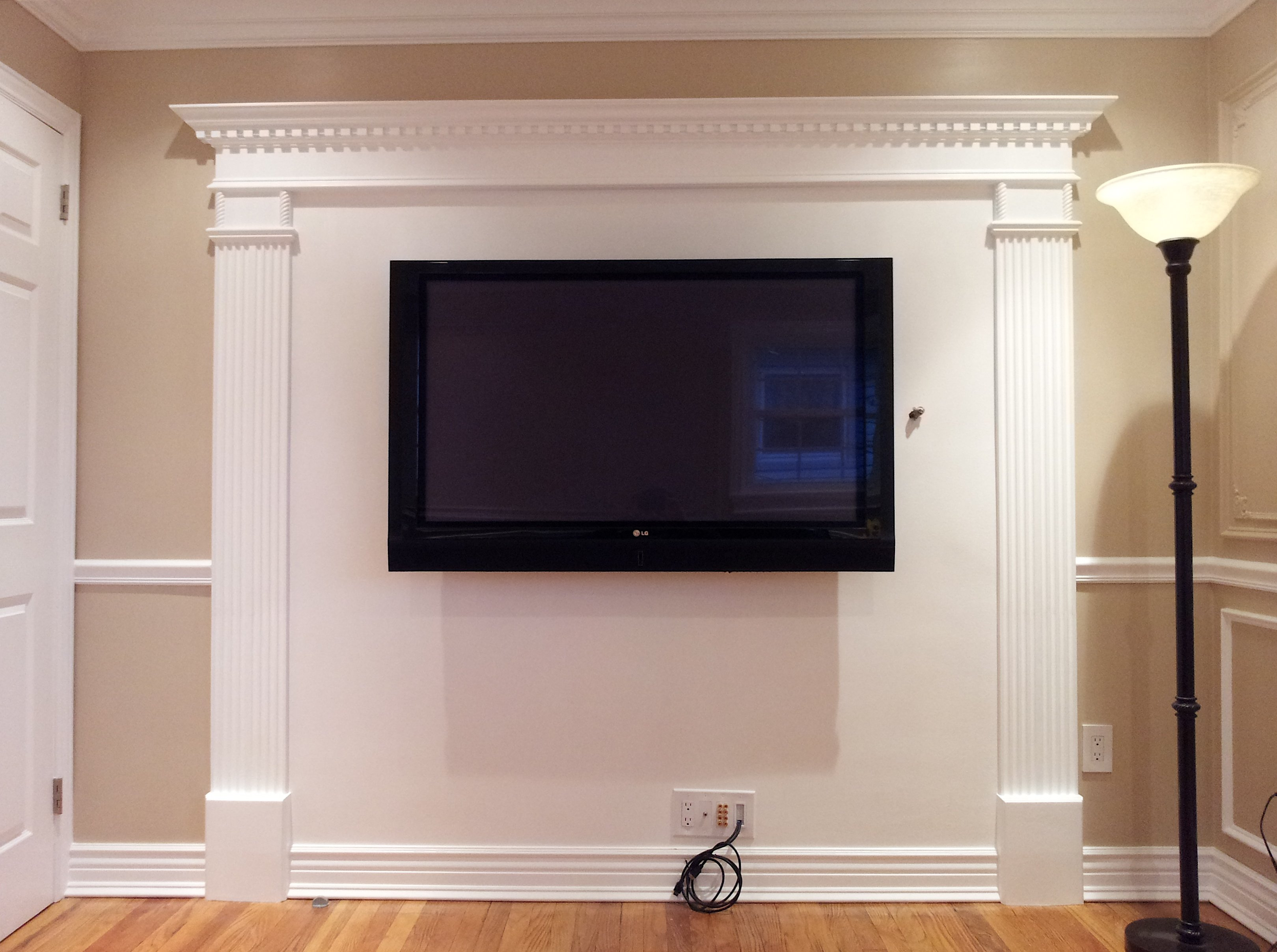 question about large screen tv in room with wainscoting - avs