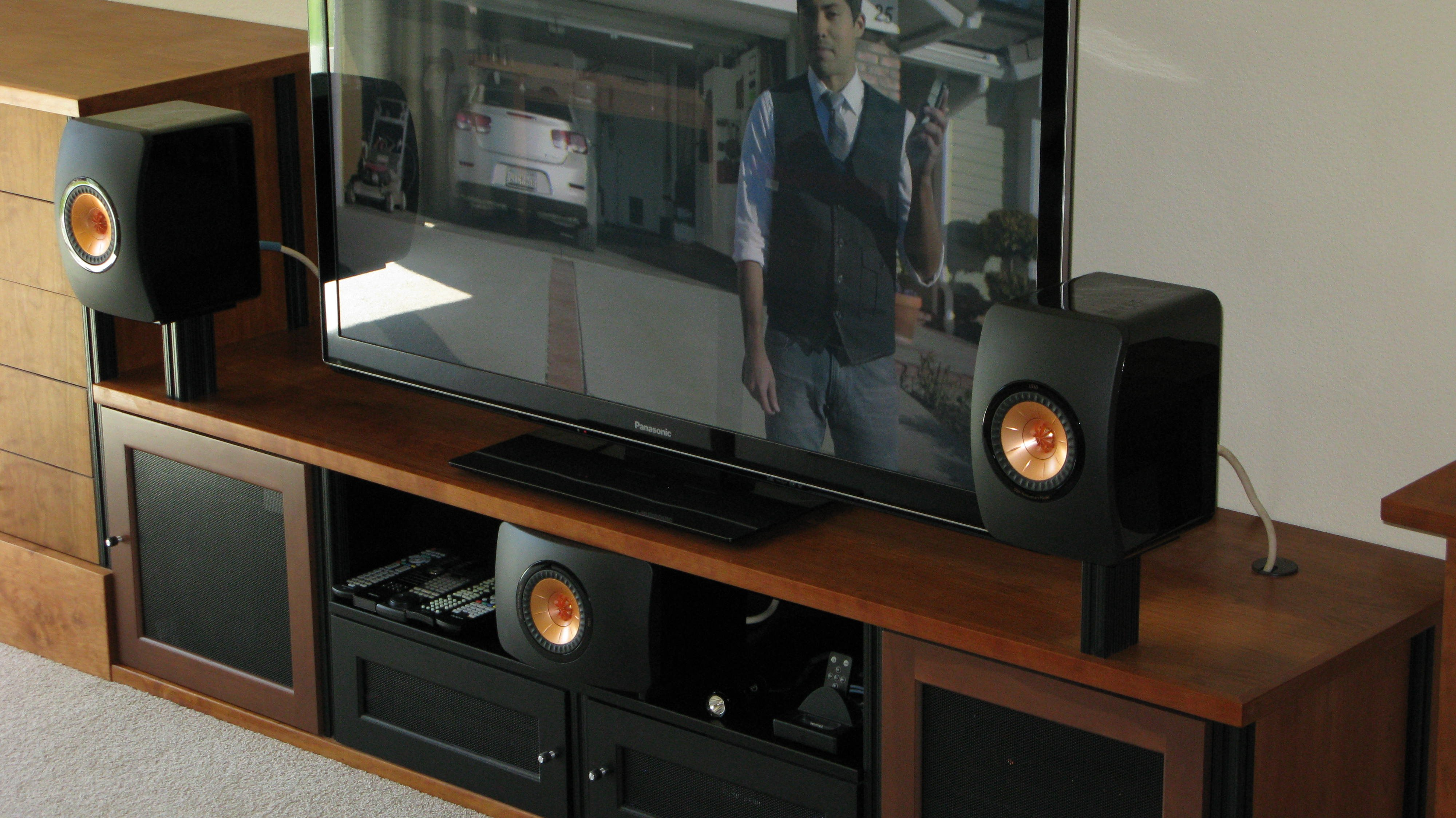 kef ls50 rear. new pictures with proper stands! kef ls50 rear