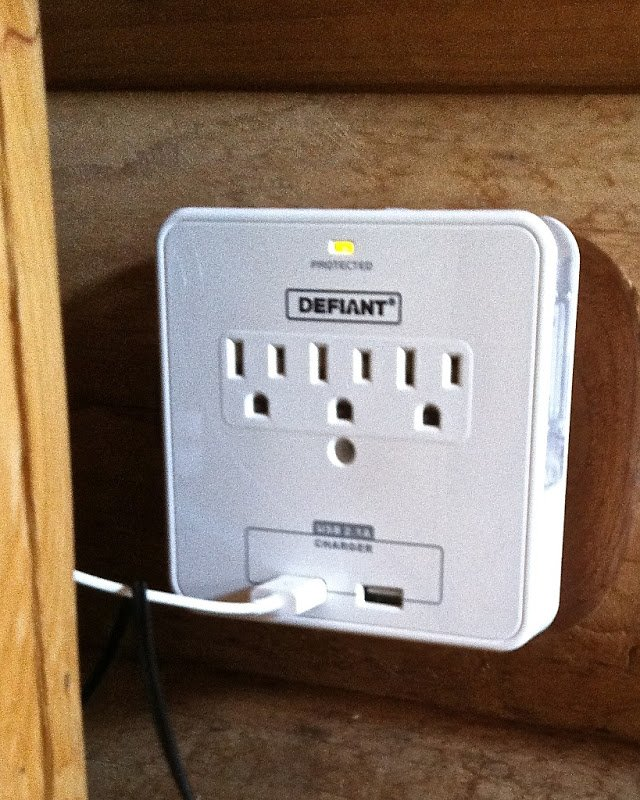 Leviton USB Charger/Tamper-Resistant Receptacle - AVS Forum | Home ...