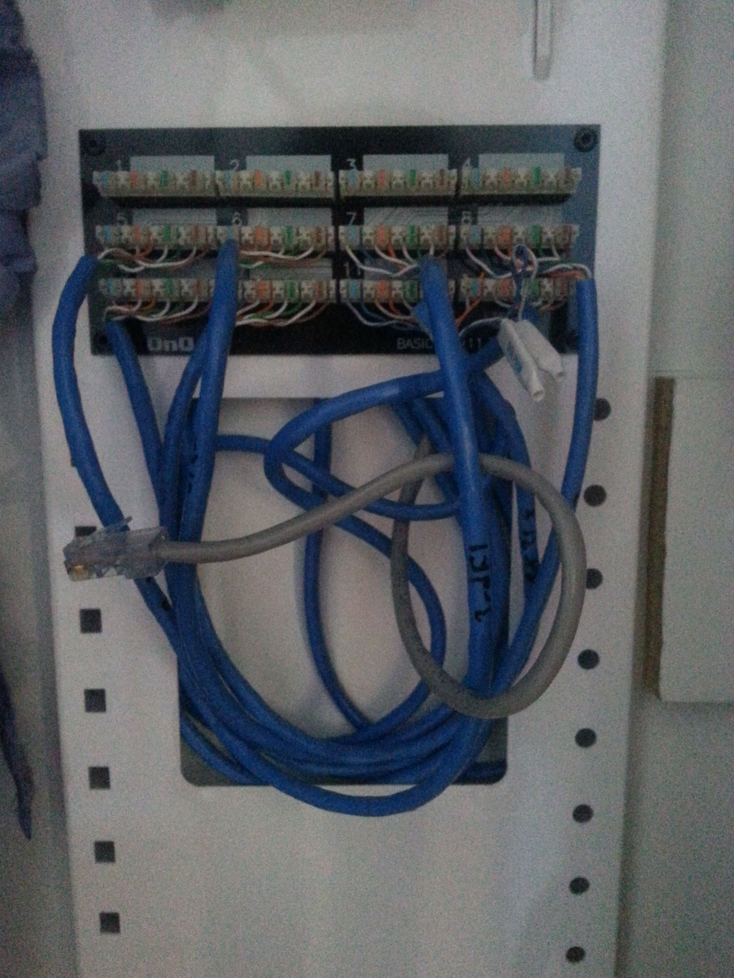 On Q Home System Totally Confused And Need Help Page 2 Avs Verizon Router Ethernet Wall Jack Wiring Here Is A Picture Of The It Says Its Basic 1 X 11 Telecom All Blue Wires Go To Each Jacks Rooms Also